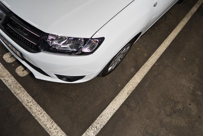 EU Neuwagen Dacia weiß